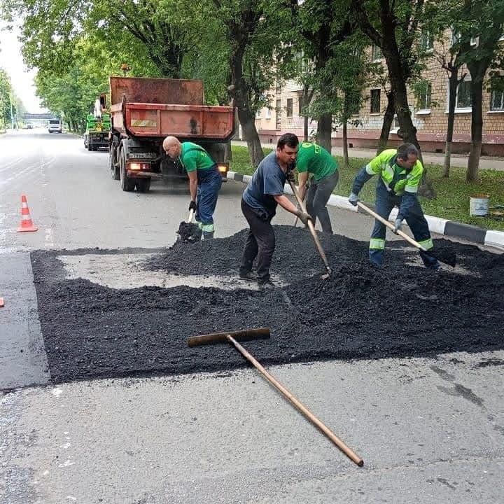 В Электростали продолжается ремонт дорог